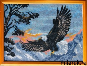 """картина """"Орел"""", вышитая крестиком по готовой канве"""