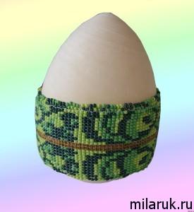 Оплетение бисером яиц - недоделанная работа под малахит