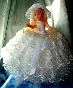 кукла-шкатулка в свадебном платье -ручная работа